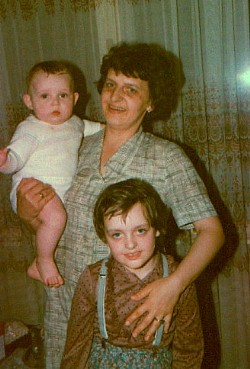 Zeljjko, mother and Gabby